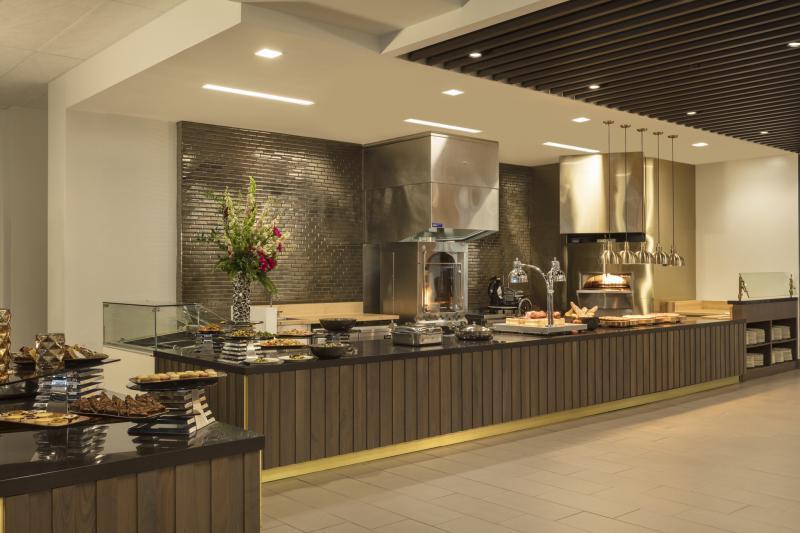 Turf_Club_View_Chefs_Table