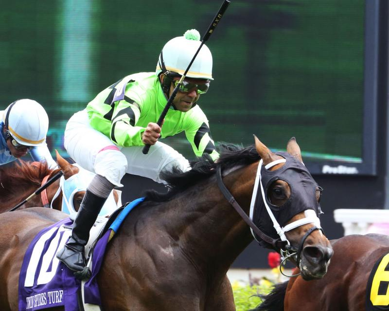 WILL CALL - The Twin Spires Turf Sprint - G3 - 24th Running - 05-04-18 - R07 - CD - Finish 03 copy